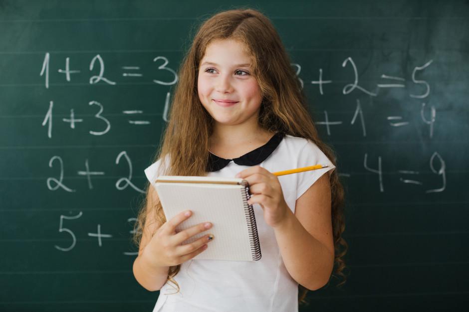 Egzamin ósmoklasisty z matematyki. CKE opublikowała arkusz zadań