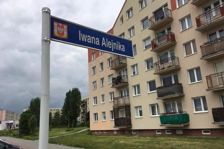 Inowrocław wygrał spór z wojewodą. Radziecki czołgista znów patronem ulicy
