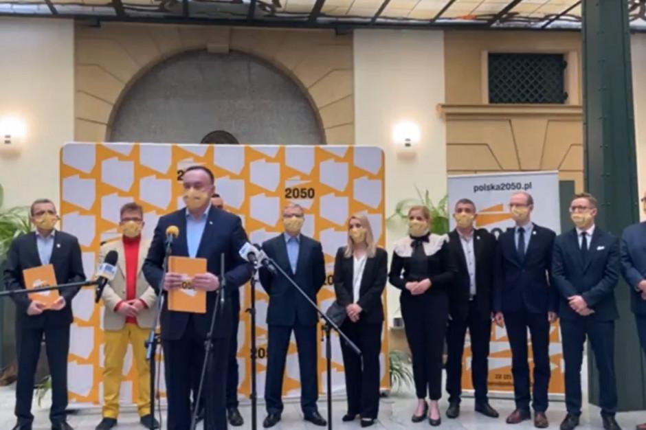 Wrocław: Zaprezentowano samorządowców związanych i przystępujących do ruchu Polska 2050