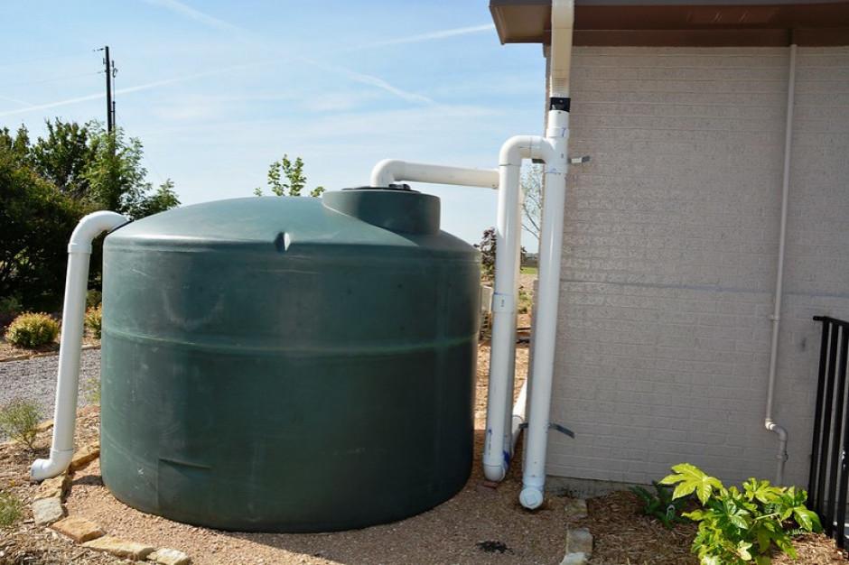 """Problemy z """"Moją Wodą"""". Ministerstwo chce ułatwić budowę zbiorników"""