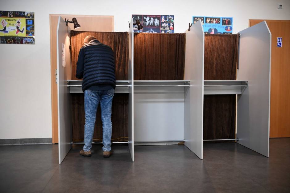 Wybory w Rzeszowie - bez zakłóceń ciszy wyborczej. Frekwencja rosła w ciągu dnia