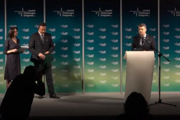 - To była duża zespołowa praca - mówił o realizacji nagrodzonego programu prezydent Bytomia Mariusz Wołosz (fot.PTWP)