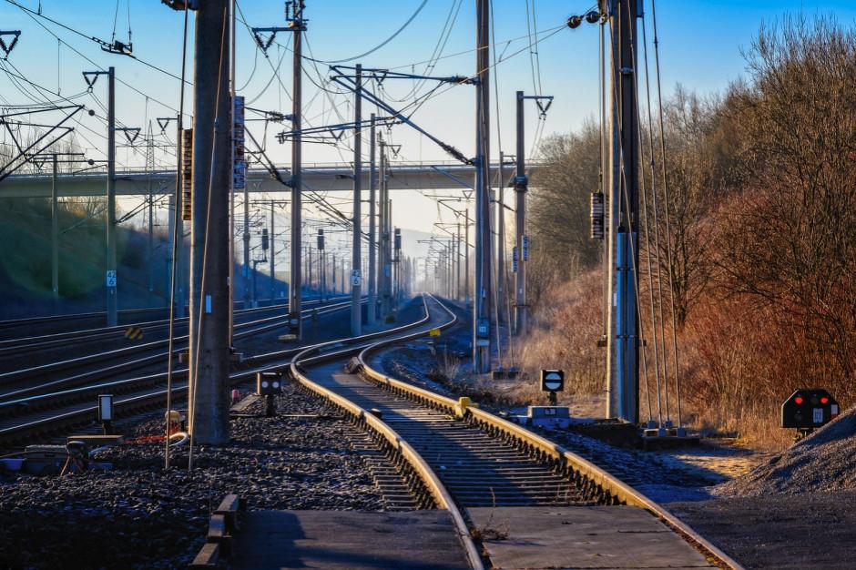 Wstępna dokumentacja linii kolejowej Katowice-Ostrawa ma kosztować 13,5 mln zł