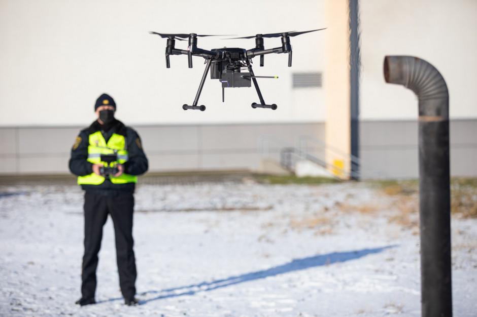 Mandatowe żniwa z policyjnego drona