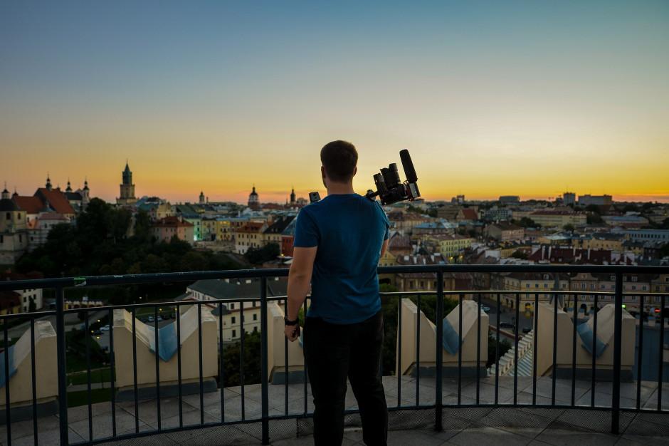 Mniej turystów w miastach. Lublin podał konkretne liczby