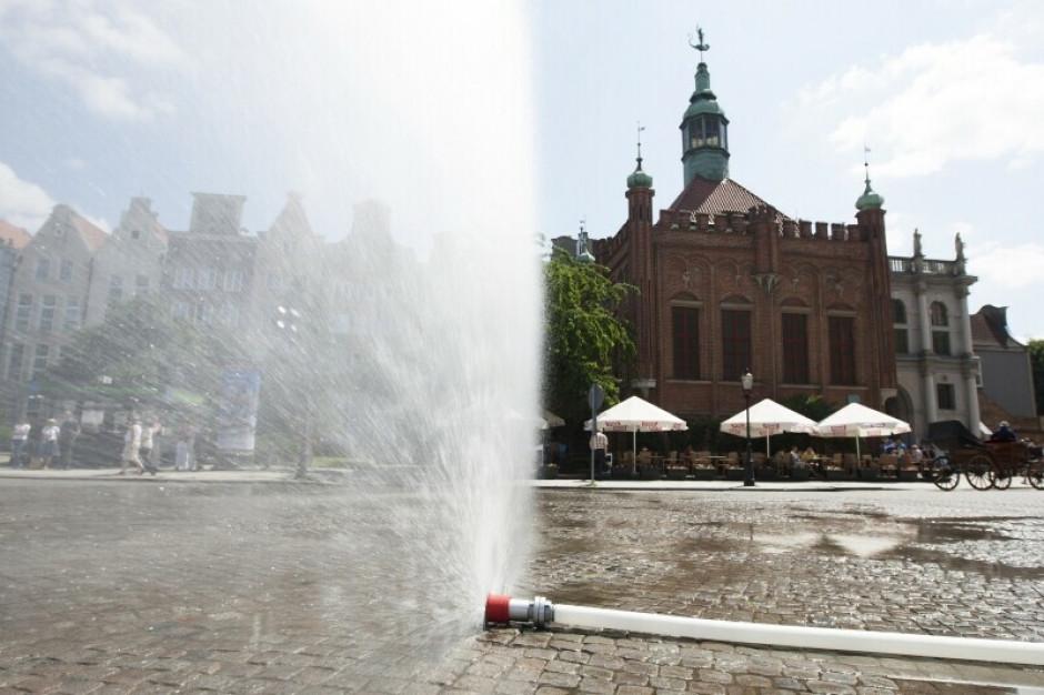 W Gdańsku pojawiły się kurtyny wodne