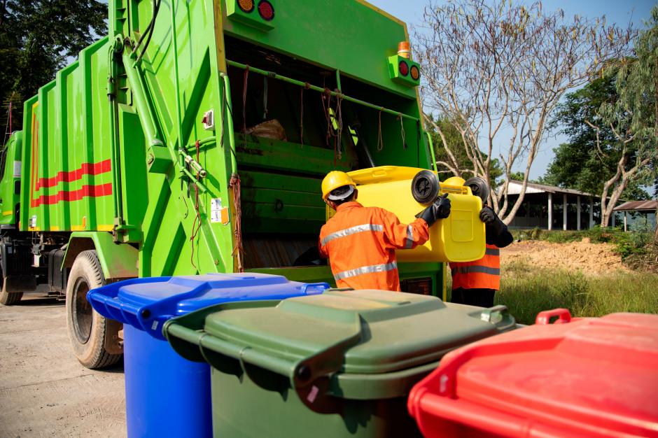 Ustawa śmieciowa podpisana - maksymalnie 150 zł za śmieci liczone od zużycia wody
