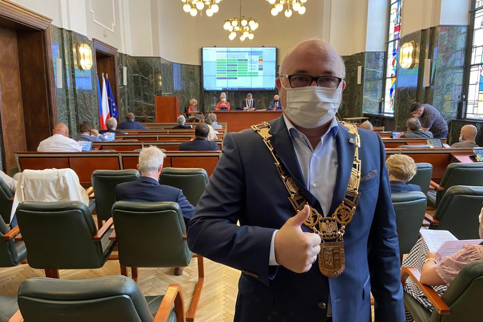 Prezydent Chorzowa z wotum zaufania i absolutorium