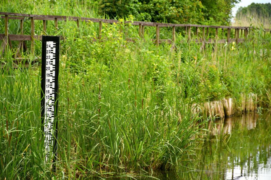 Żółty alert o gwałtownych wzrostach stanów wód w środkowej Polsce