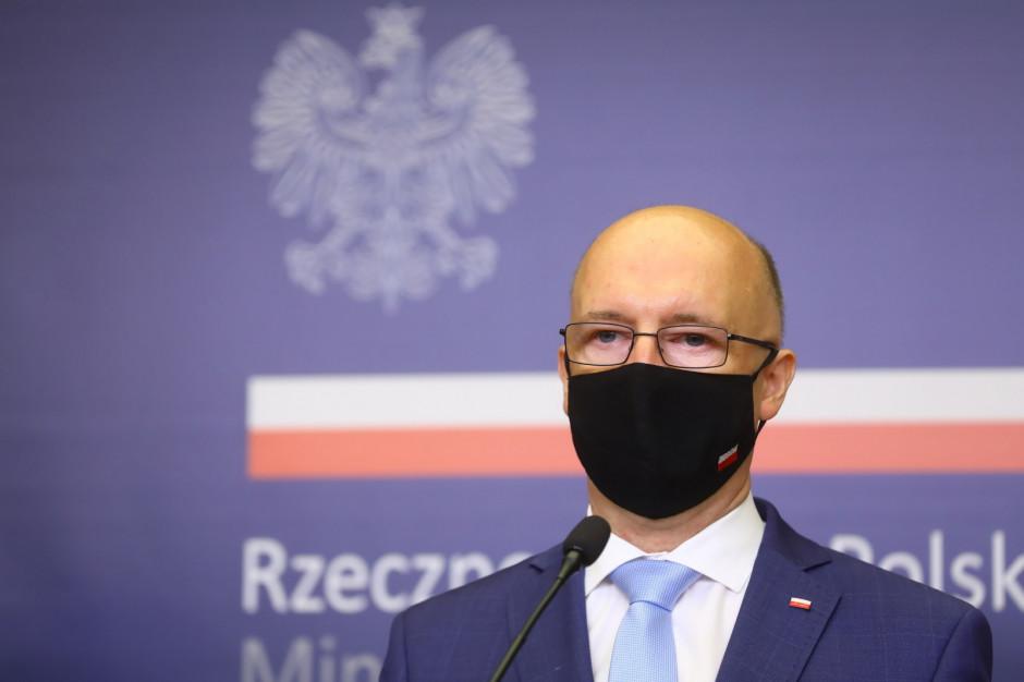 Wawrzyk: przed wjazdem do Polski należy wypełnić elektroniczną kartę lokalizacji