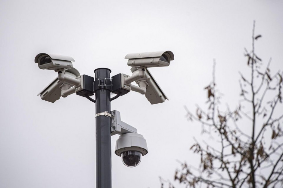 Tysiące kamer śledzi mieszkańców miast.  A oni... chcą kolejnych