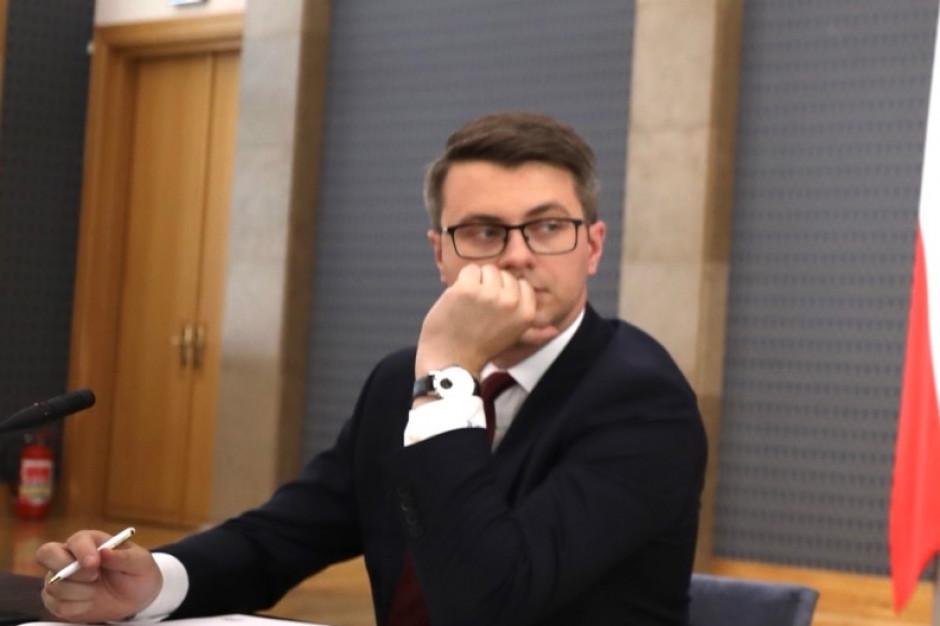 Müller ostrzega: Grozi nam częściowy lockdown