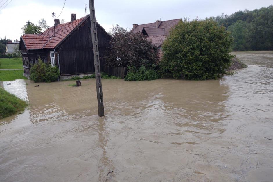 Powódź w Małopolsce. Zalanych 35 domów