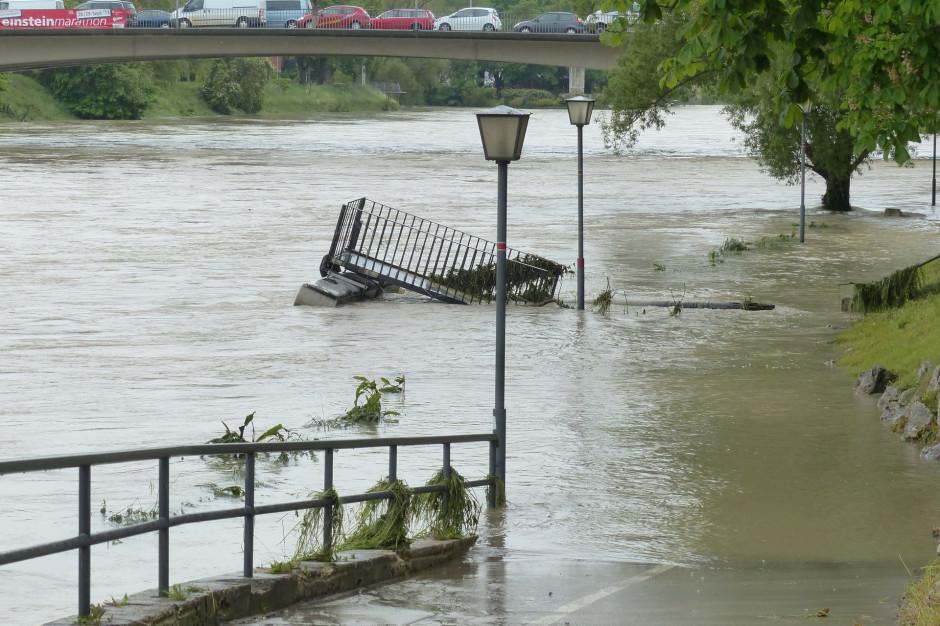 Po ulewach zalana Zakopianka. Są utrudnienia