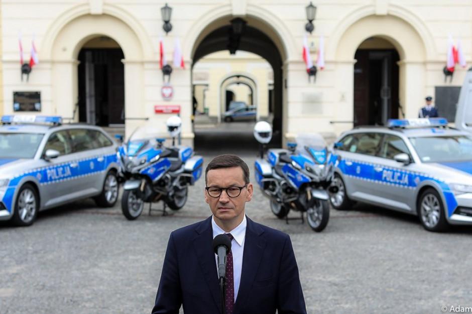 Premier po wypadku w Katowicach zapowiada więcej badań kierowców autobusów