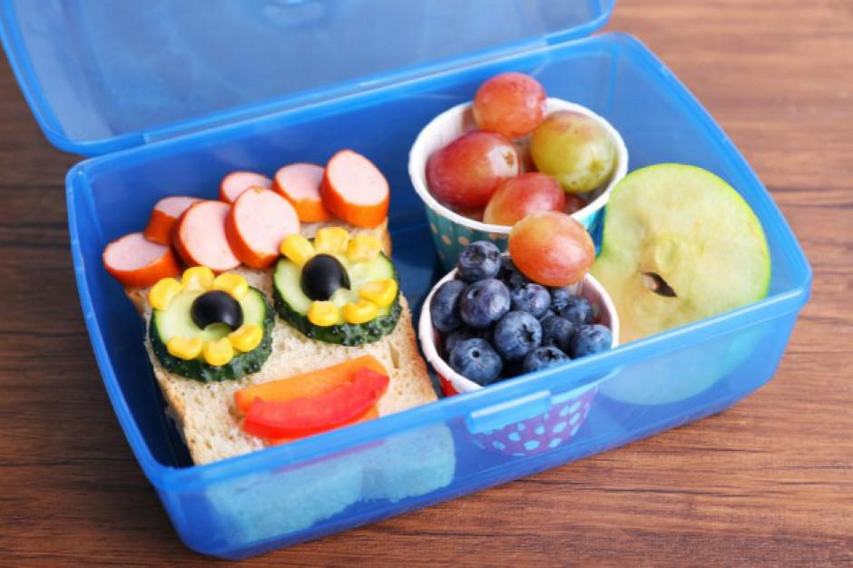 Mniej owoców i warzyw oraz mleka w nowym roku szkolnym