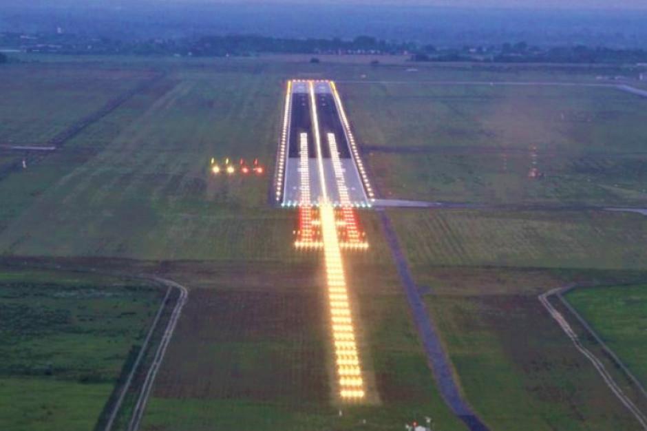 Senatorowie przeciwni ustawie zwalniającej z podatku wszystkie grunty lotnisk