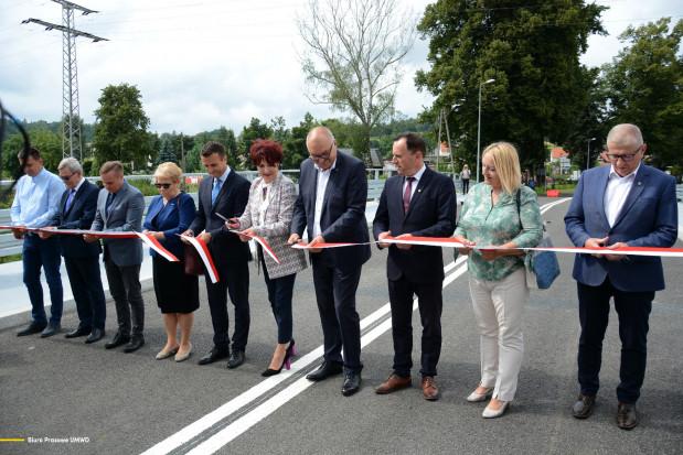 Uroczyste otwarcie mostu (fot.: biuroprasowe/umwd.dolnyslask.pl)