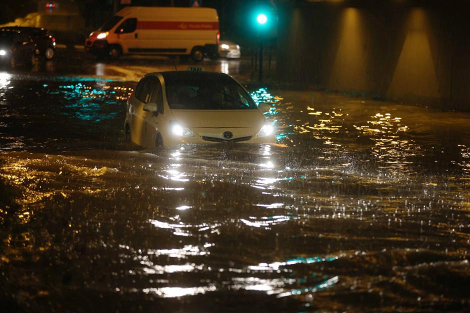 IMGW wydał ostrzeżenia hydrologiczne dla sześciu województw