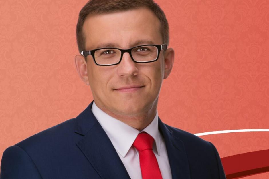 """Prezydent Zamościa podaje powód podpalenia punktu szczepień. """"Wyolbrzymione przez ministra"""""""