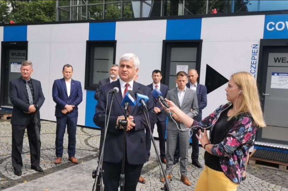 Kontenerowy punkt szczepień w Augustowie do końca sierpnia