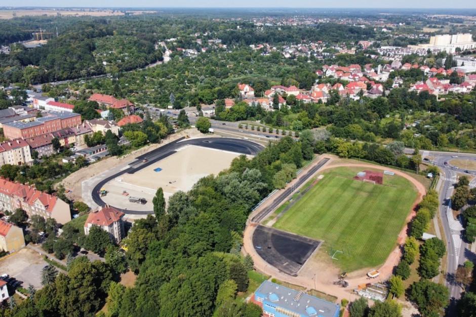Dodatkowy milion zł na budowę stadionu lekkoatletycznego w Gorzowie