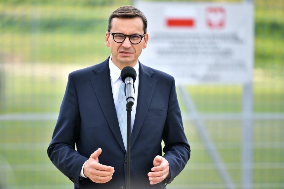 Według premiera w w Kamieńcu Ząbkowickim jak w soczewce skupia się polityka rządu wobec Polski lokalnej