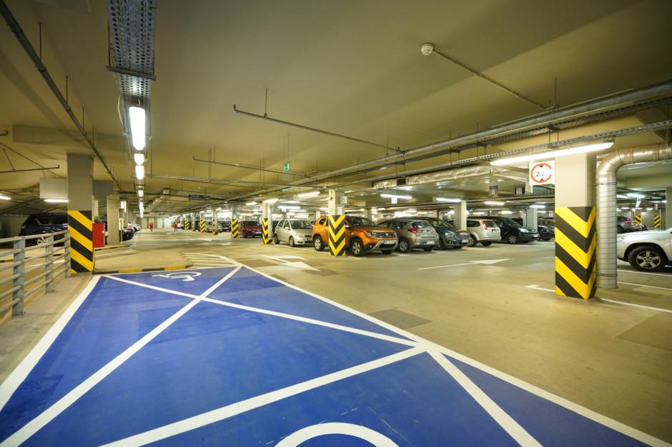 Warszawa: tak wygląda parking pod placem Krasińskich po remoncie