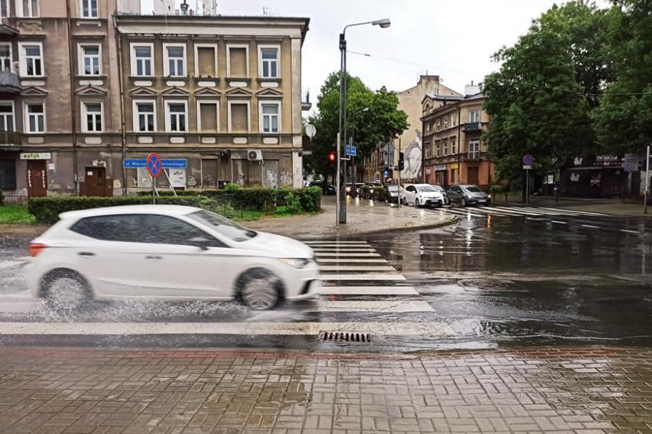 Liczne podtopienia w Lublinie. Na szczęście przestało już padać