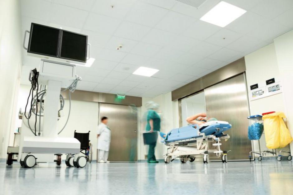 """Niedzielski: w najbliższych latach """"duże miliardy"""" na poprawę infrastruktury w szpitalach"""