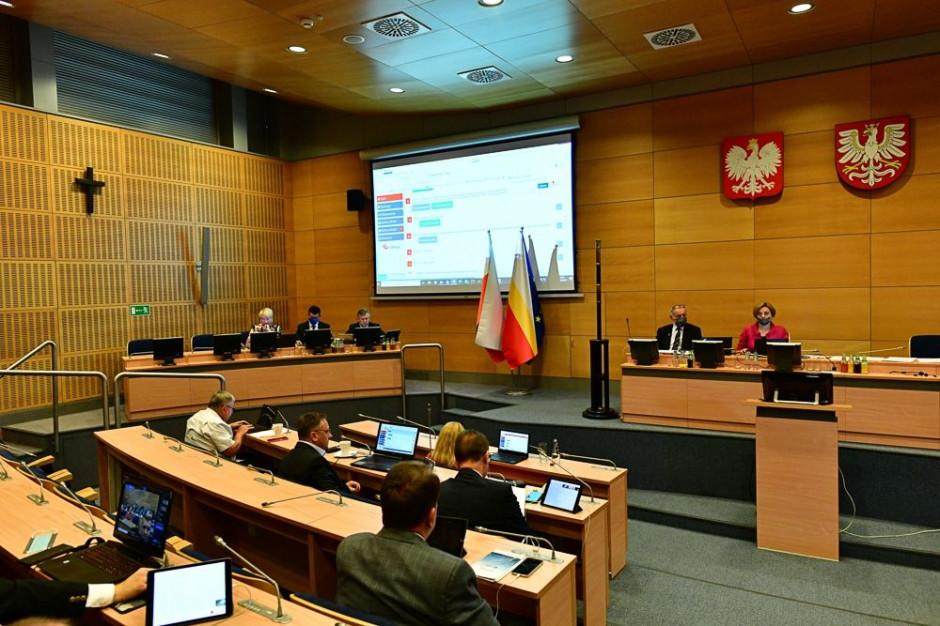Małopolska: Jan Pinczura wiceprzewodniczącym sejmiku, Tomasz Urynowicz (jeszcze) w zarządzie
