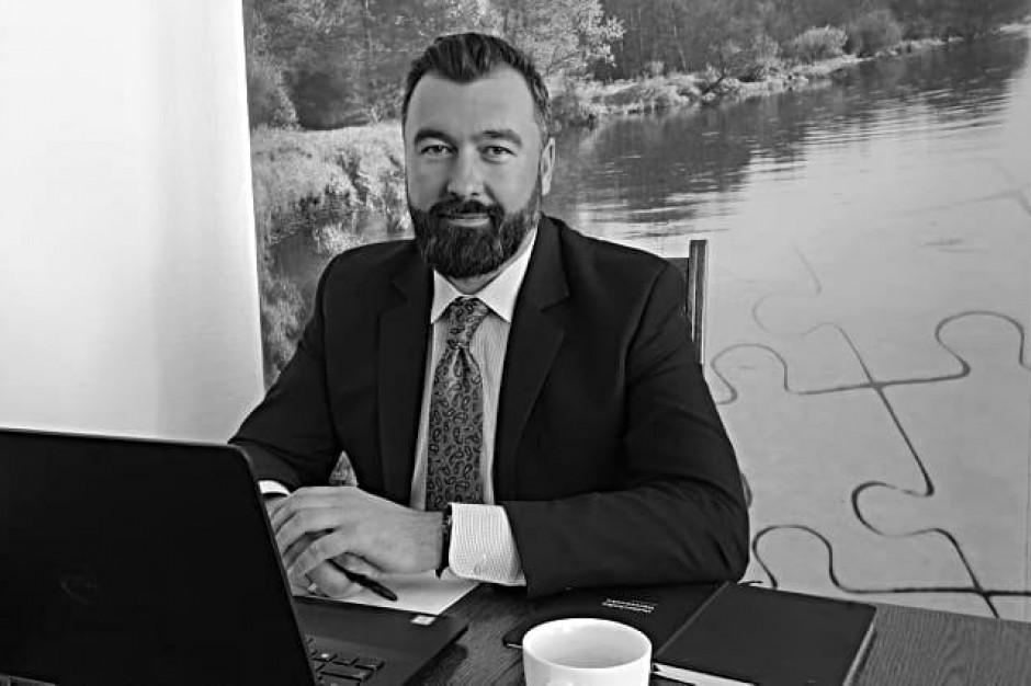 Płock pożegnał tragicznie zmarłego starostę Mariusza Bieńka