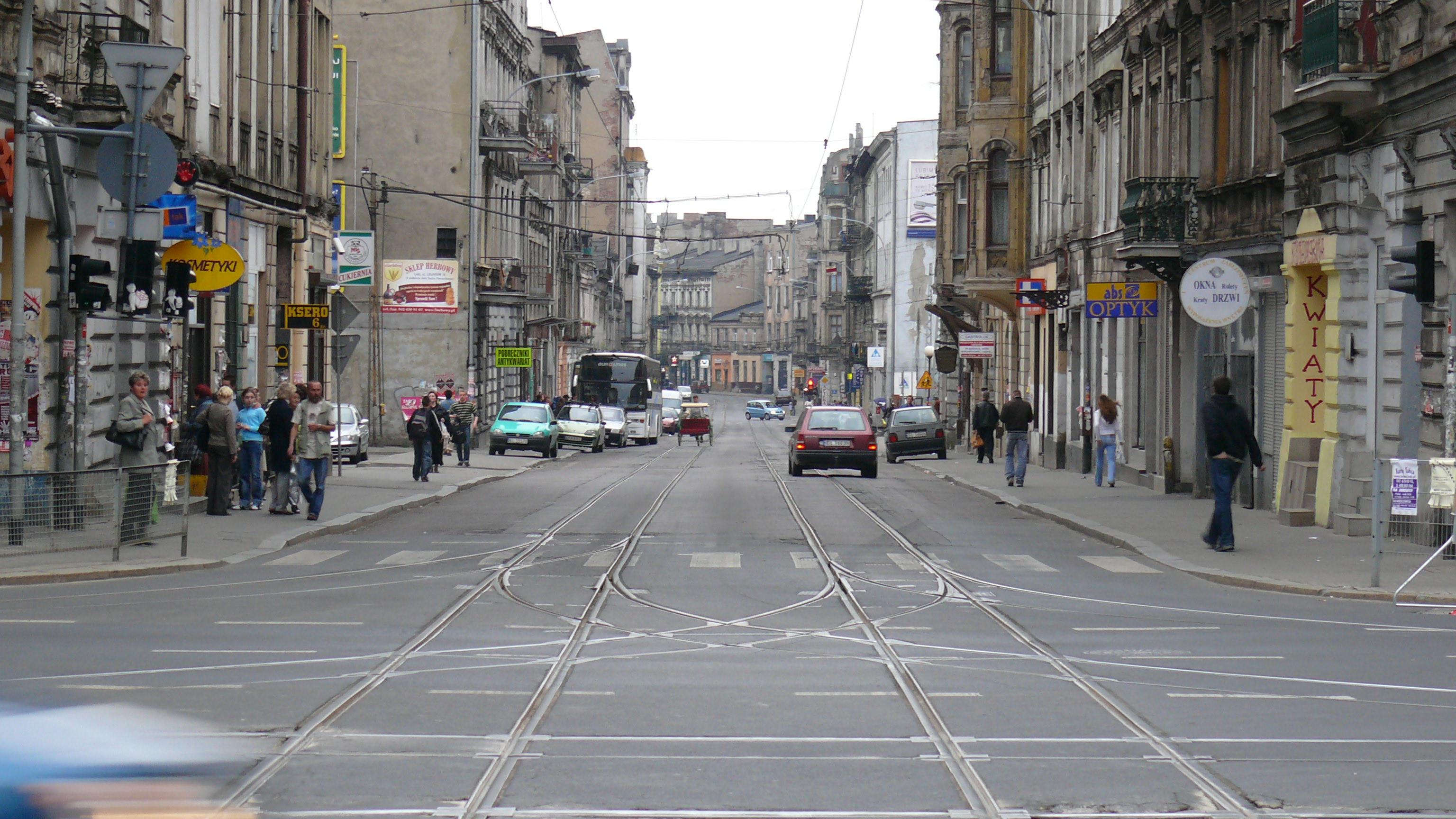Ulica Legionów dziś (fot. HuBar, CC BY-SA 2.5/ wikipedia)