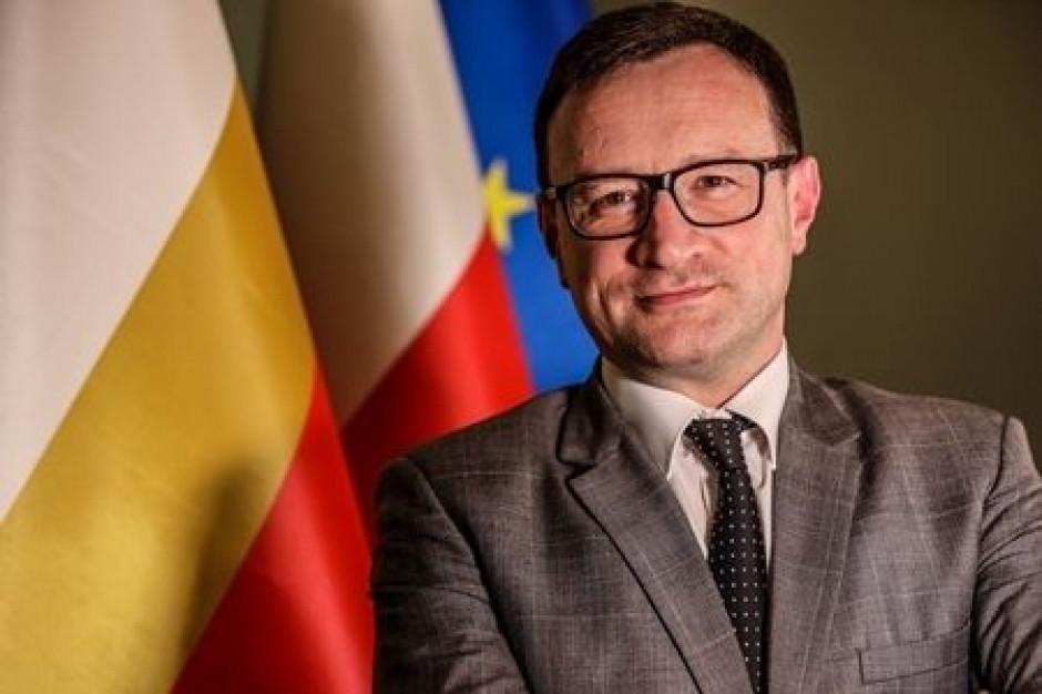 Małopolski wicemarszałek apeluje o uchylenie deklaracji mówiącej o LGBT