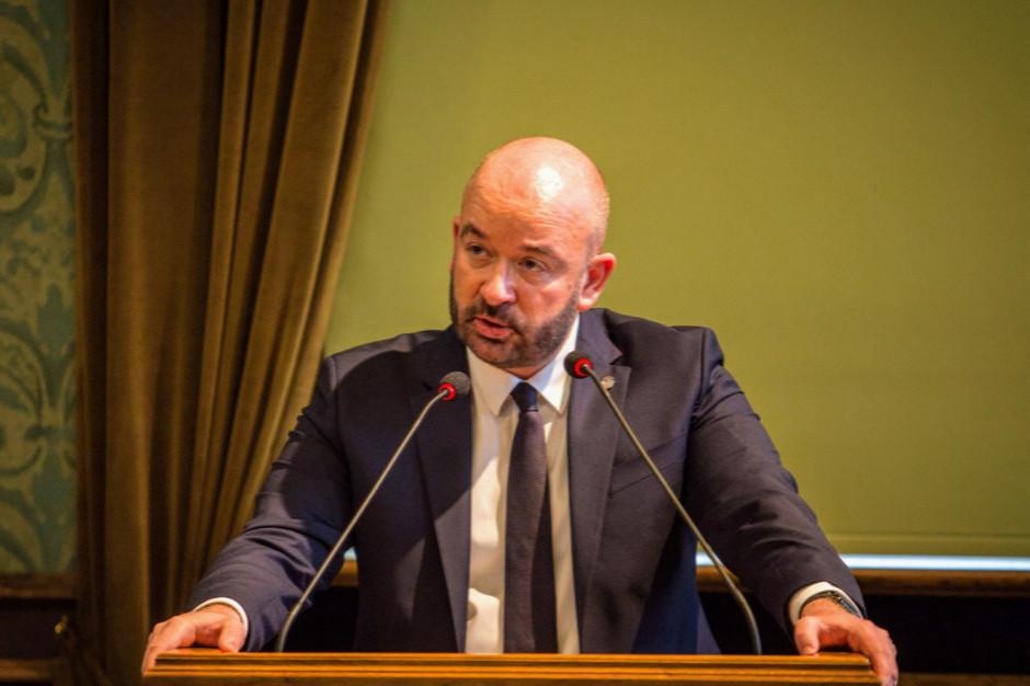 Śmierć mężczyzn po interwencjach policji. Jacek Sutryk napisał do ministra
