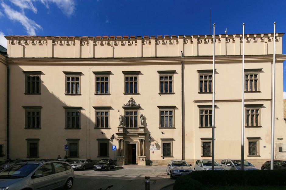 CBA zatrzymało osoby związane z krakowskim magistratem. Zyskać mieli deweloperzy