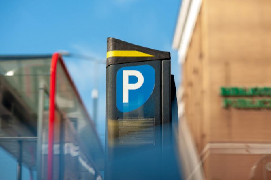 600 zł za rok parkowania w stolicy. Miasto wprowadza nowy abonament