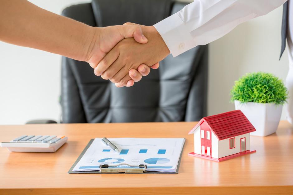 Wzrosło zainteresowanie i sprzedaż mieszkań na parterze