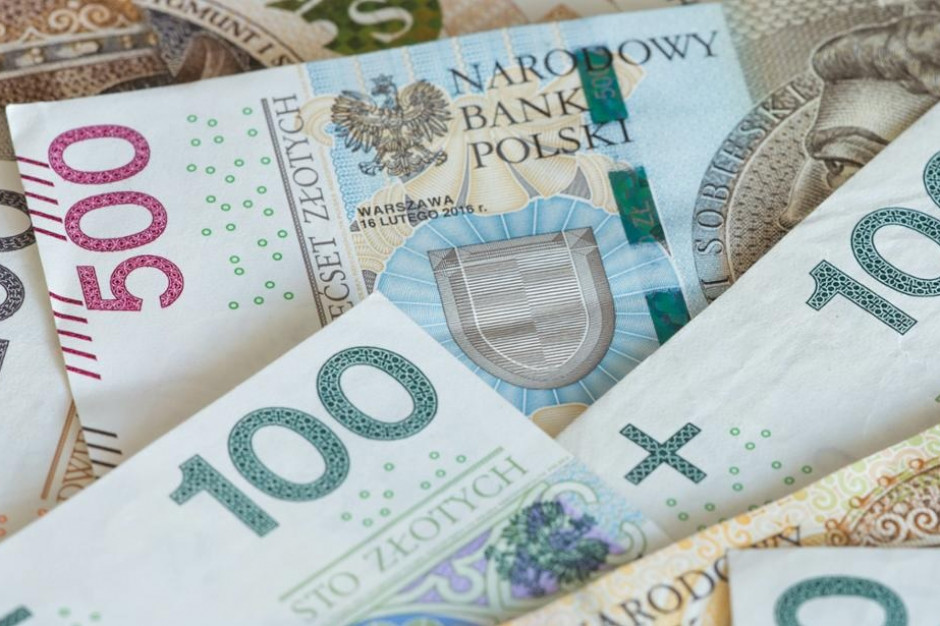 Samorządy dostaną pieniądze z rezerwy oświatowej subwencji ogólnej