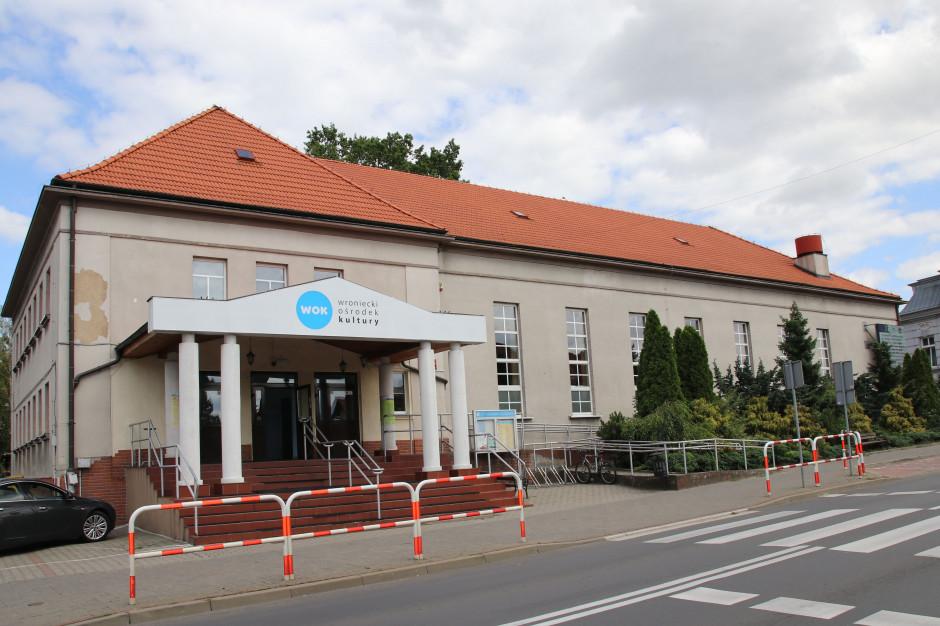 Wronki dostaną 100 tys. zł za szczepienia. Kolejne gminy walczą o pieniądze