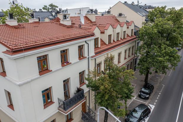 Przebudowane budynki przy ul. Sienkiewicza 40 i 42 ( fot. UM Płock)