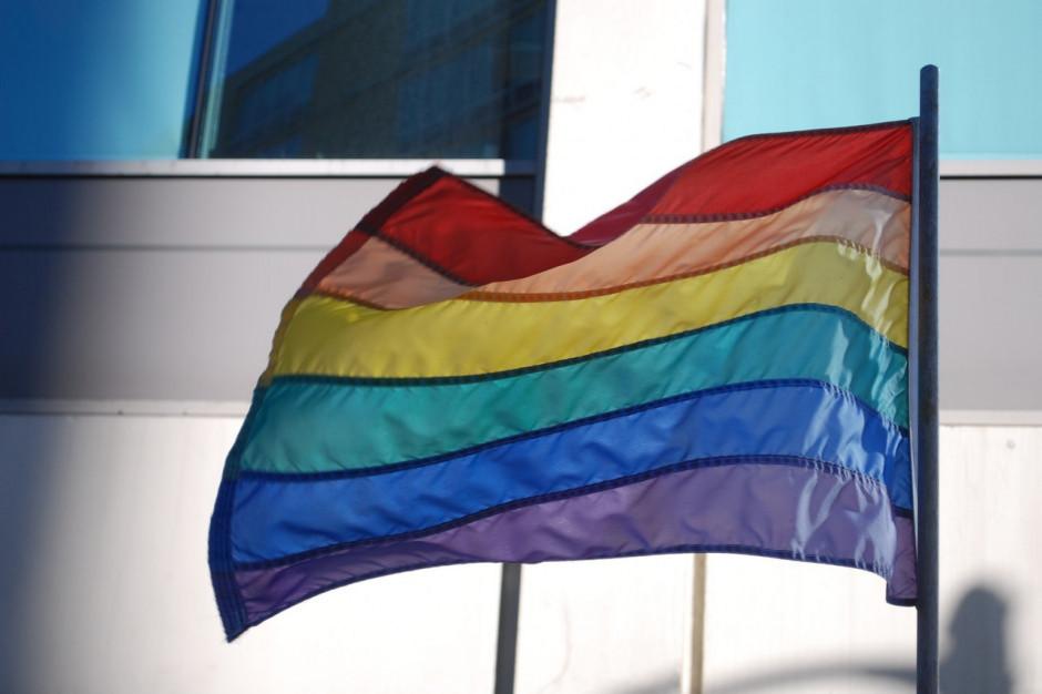 """Kieleccy radni chcą uchylenia stanowiska przeciw """"ideologii LGBT"""""""
