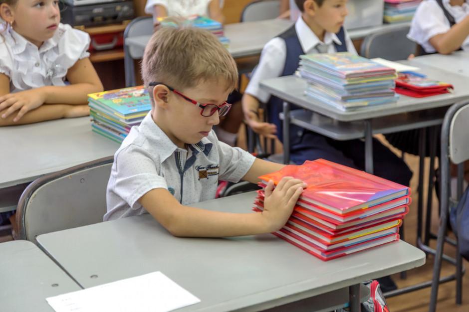 Ile szkół i przedszkoli pracuje w trybie stacjonarnym? Oto najnowsze dane MEiN
