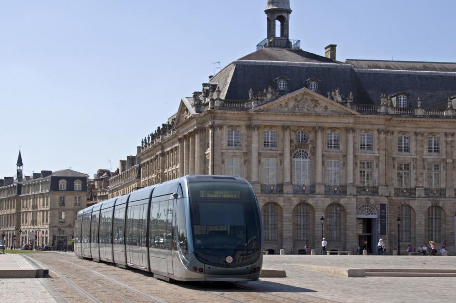 W Bordeaux biedniejsi mniej zapłacą za komunikację