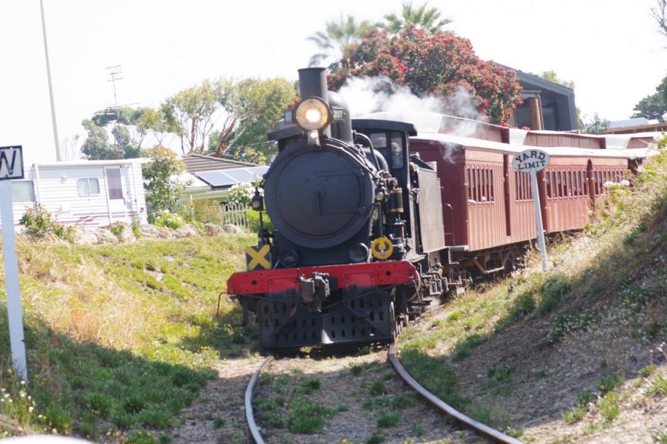 Zabytkowe turystyczne pociągi na szklakach Warmii i Mazur