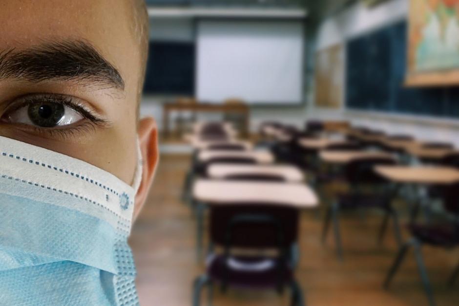 Koronawirus w szkole w Opolu. Ponad stu uczniów na kwarantannie