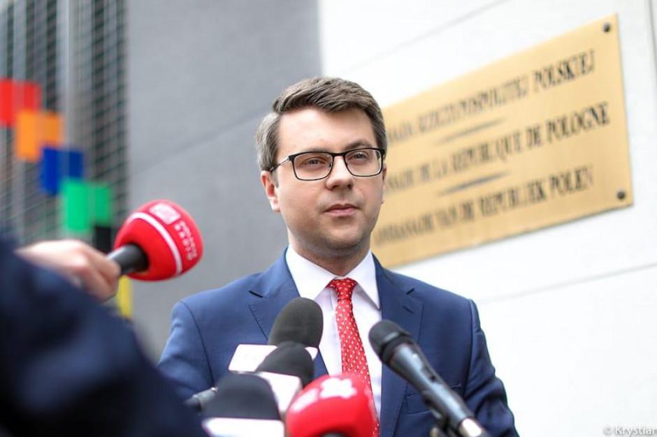 Müller: Żadnej strefy wolnej od LGBT w Polsce nie było i nie będzie