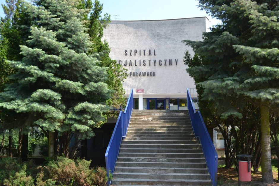 Szpital w Puławach wstrzymał przyjęcia na pulmonologię. Szykuje miejsca covidowe