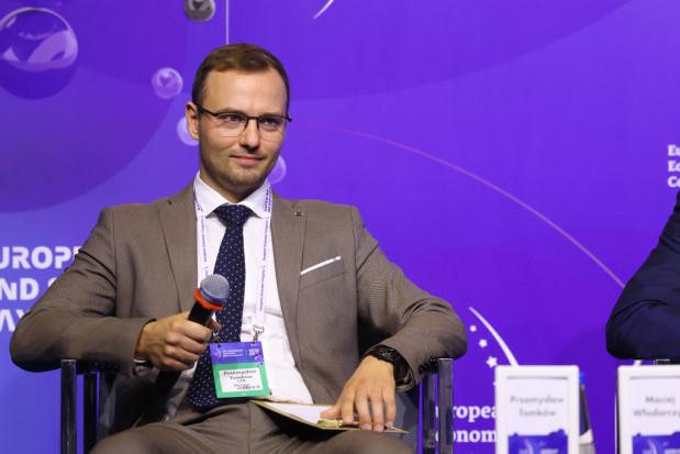 Przemysław Tomków, właściciel dron.edu.pl, nextron.pl, LTA Design, fundator, Światowa Organizacja