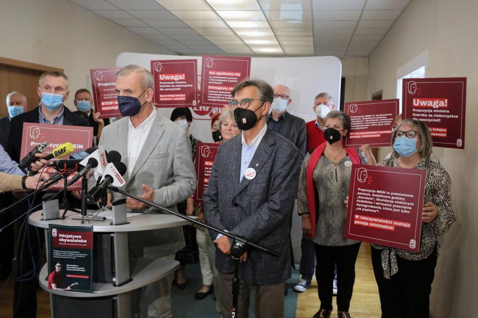 ZNP odrzucił propozycje zmian w Karcie nauczyciela
